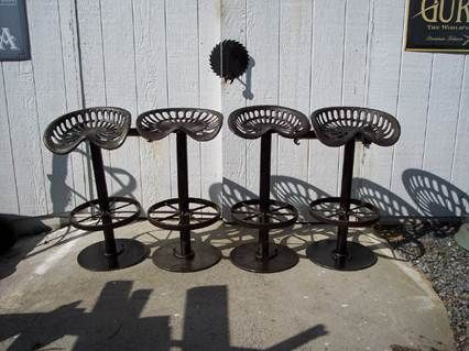 Vintage tractor seat stools... I have a neighbor who welds. & Best 25+ Tractor seat stool ideas on Pinterest | Tractor seat bar ... islam-shia.org