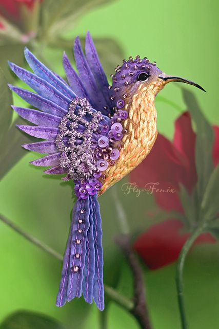Amazing birds brooches by Julia Gorina Click on link to see more photos - http://beadsmagic.com/?p=6562