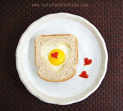 Valentines Day toast and egg breakfast: Ideas, Heart, Recipe, Food, Breakfast, Valentines Day, Valentinesday, Valentine S, Kid
