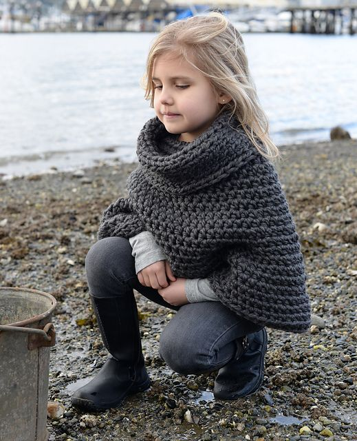 Ravelry: Agate Cape pattern by Heidi May