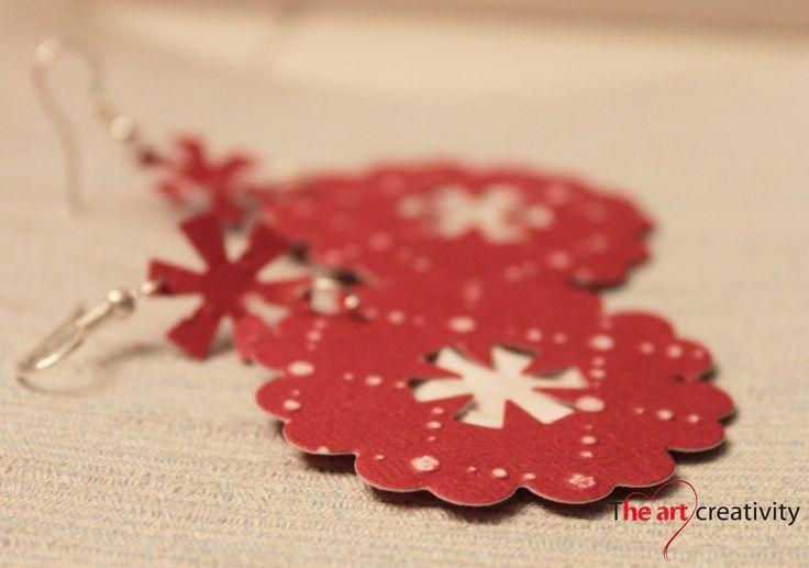 """Orecchino """"Asterisco"""" realizzato con cartoncini di diversa grammatura e texture. #paper #orecchino #carta #handmade"""