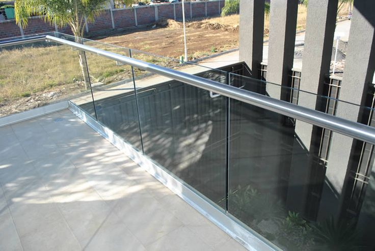 Barandales y pasamanos de cristal templado y acero inoxidable en Guadalajara   Aluminio y Complementos Guadalajara