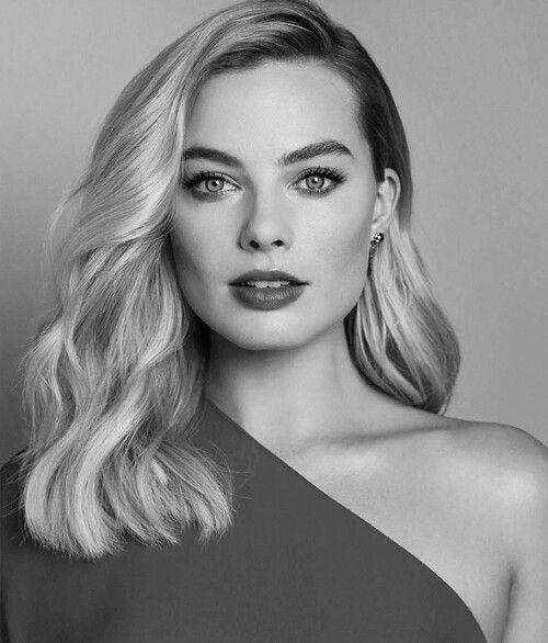 Margot Black And White Margot Robbie Margot Robbie