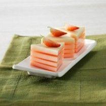 Puding Custard Lapis Stroberi http://www.sajiansedap.com/recipe/detail/3613/puding-custard-lapis-stroberi#.U8YrR_mSxRE