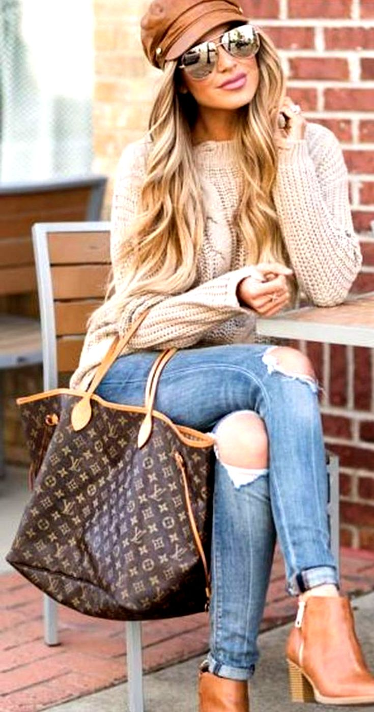 Women S Winter Fashion Outfit With Denim Jeans And Ankle Boots Winter Fashion Casual Casual Winter Outfits Winter Fashion Outfits