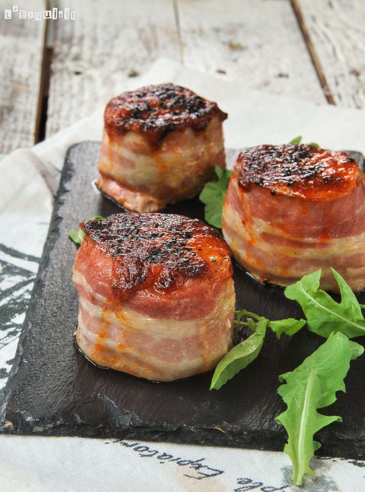 Este solomillo lo preparo en una mesa de tapas, una rodaja por persona es ideal para probar la combinación de ingredientes….riquísimo y sorprendente… Ingredientes (4 personas): 500 grs. solomillo de cerdo, cortado en rodajas de 4 cm. Lonchas de bacon … Sigue leyendo →