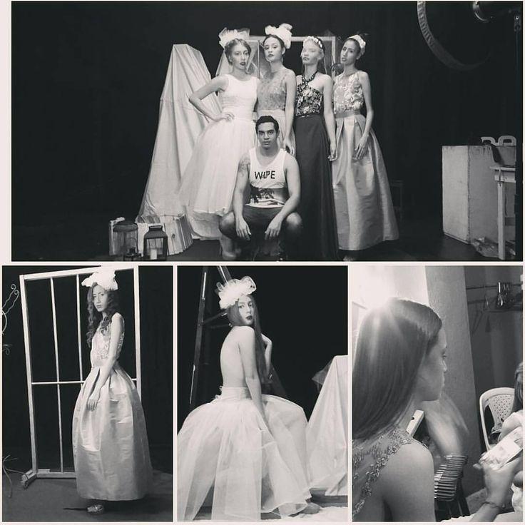#Hoy #editorial para @ikebanamagazine #newmodelingtalents #supertop @kellymolina22 @dayana.manjarres @cristhells_ @natysosaa con diseños de @laurariquett y #Makeup de @bhenaor #asistencia @joseveloza77 @mrjairo #model #modelos #fashion #fashionphotography #photography #topmodel las nuevas caras del modelaje en #barranquilla