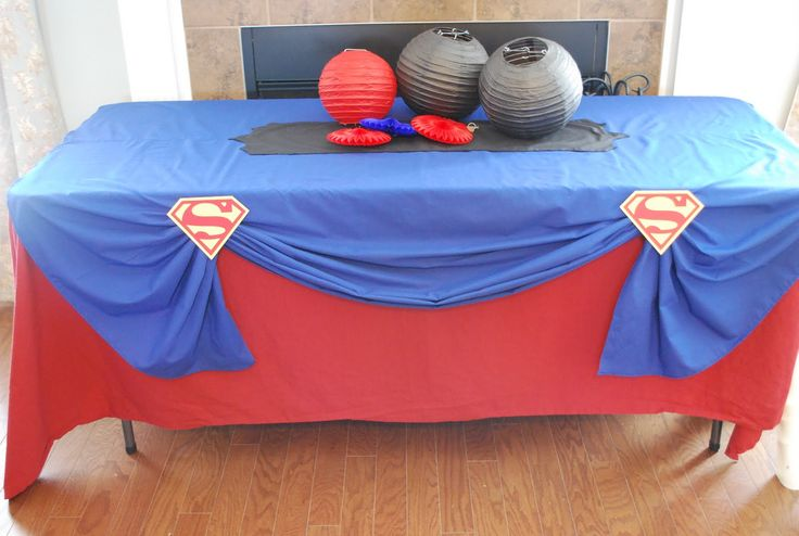 super hero themed 5th birthday- the boys can make their own capes and decorate masks