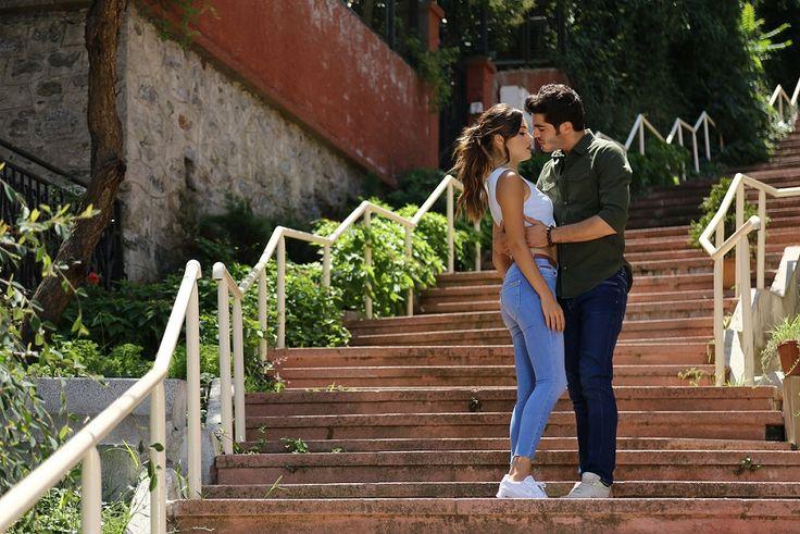 Aşk Laftan Anlamaz 5. bölüm özet ve fotoğrafları Hande Erçel, Burak Deniz