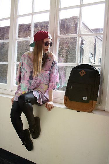 Sabrina Carder - Cat Called Esteban Vintage Shirt, H&M Leather Leggins, Obey Snapback, Herschel Backpack, Underground Creepers - The Girl Ve...
