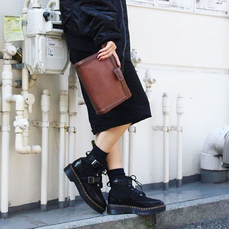 """42 Likes, 1 Comments - @t09ayako on Instagram: """"Dr.Martens 2016 A/W PRODUCT POINTED MASHA CREEPER BOOT。アッパーがスムースレザーとスエードのコンビ!ツボ過ぎてお気に入り…"""""""