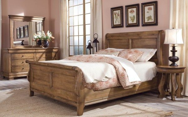 Our beautiful AGED WHEAT Finish: heavily distressed shown on Durham Furniture's Solid Wood Vineyard Creek. #solidwoodbedroomfurniture #durhamfurniture