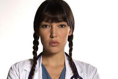 Natalia Durán es Cristina Solano  Su sensualidad le traerá más de algún problema.
