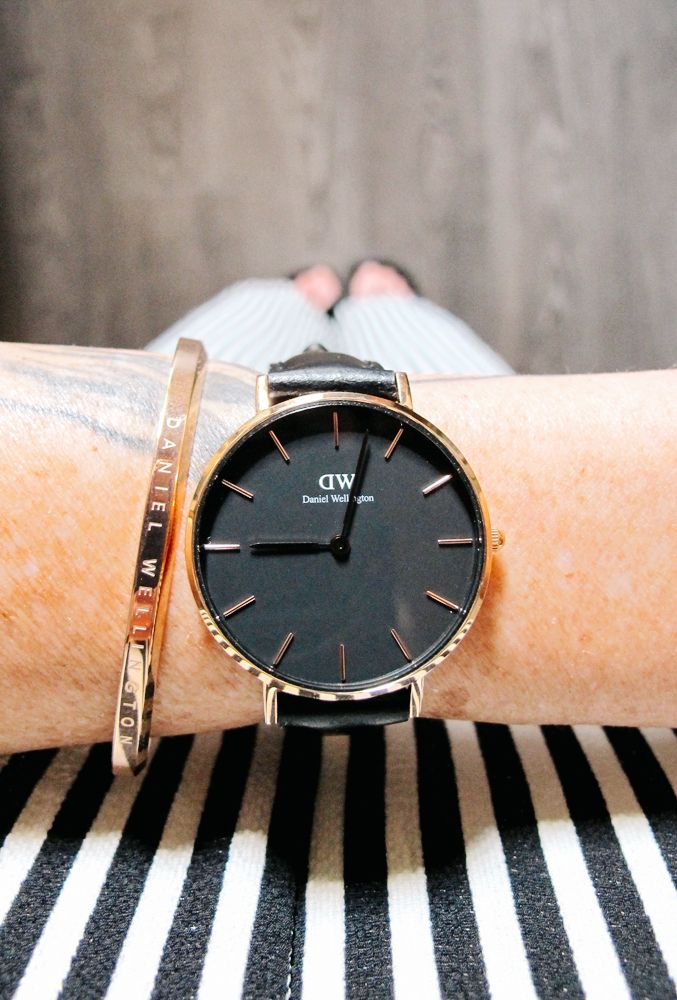 Classic Petite Sheffield, Daniel Wellington. Get a 15% discount with the code NASTI15. Valid until July 31. @Daniel Wellington #dwclassicpetite #danielwellington