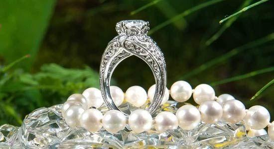 Cusom ring
