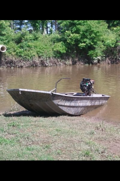 17 best images about fish boat on pinterest classic boat for Fishing boat jobs