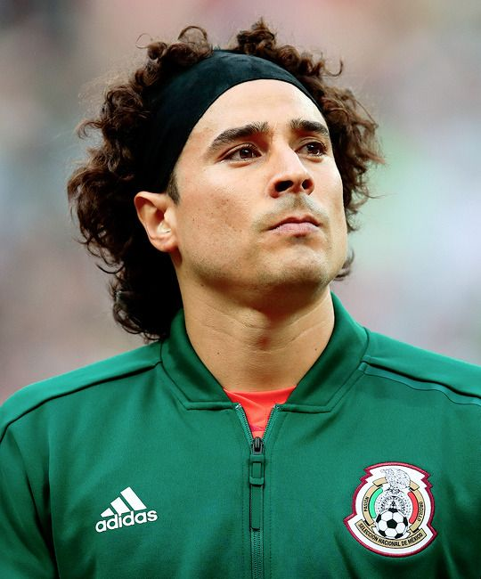 ad8ff7555b2 Mexico s goalkeeper Guillermo Ochoa ahead of the...   World Cup Daily
