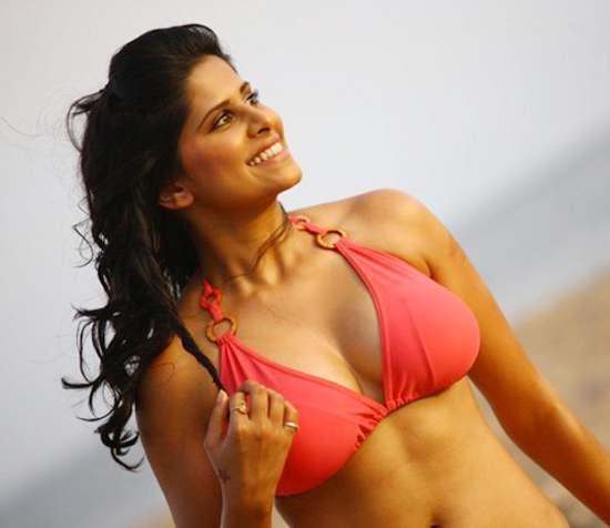Marathi Film Actress Sai Tamhankar Sizzles In A Bikini -8324
