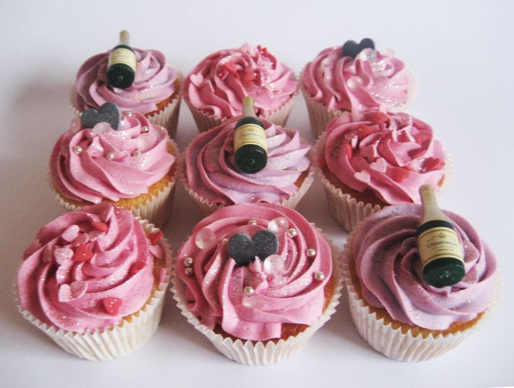 Hen Party Cupcakes by missnattiescupcakes.co.uk