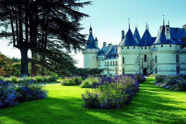 A New Renaissance: Contemporary Art in the Loire Valley.  The Chateau de Chaumont-sur-Loire