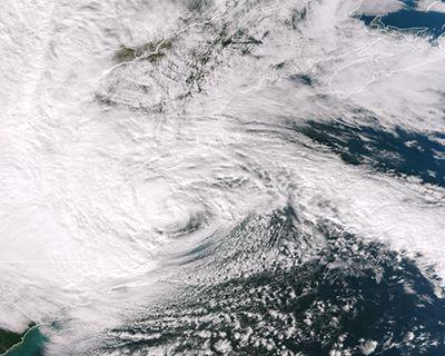 Unit 3 Lesson 1 - NOAA Hurricane Education Resources  TEKS 7.8A