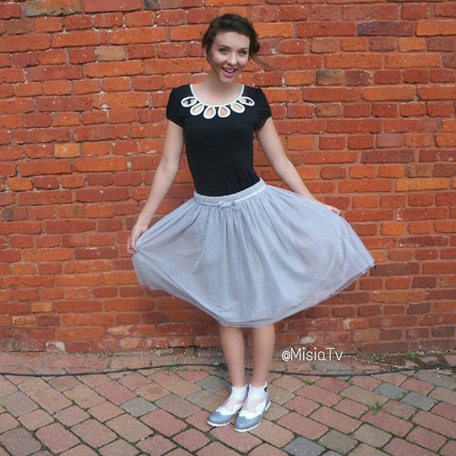 #Tulle skirts are the best for twirling around in 😄  #Hair #HairStyle #Braid #Ribbon #InstaBraid #InstaHair #Bow #LongHair #BellamiHair #HairInspo #SummerStyle #Extensions #Łodz  #Poland #Polska #HairTrend #ReviewGirl  #StyleInspiration #Style #Outfit #Fashion #HairDo #HudaBeauty #Ootd #BellamiGuyTang #PerfectHairPics  #HairsandStyles #FeatureFridayStyle #MisiaTV  @learntostyle @hudabeauty @review_australia @hairsandstyles @bagatt_italy  @mademoiselle_r @laredoute