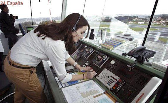 Alvedro despunta y gana en pasajeros frente a la caída de Vigo y Santiago