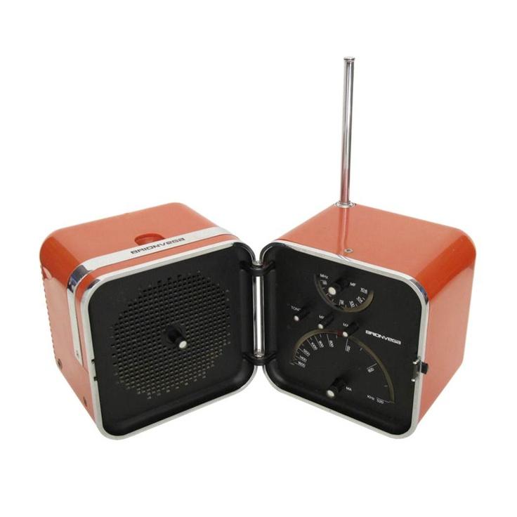 TS 502 Portable transistor radio bt Richard Sapper and Marco Zanuso for Brionvega. Italy 1963.