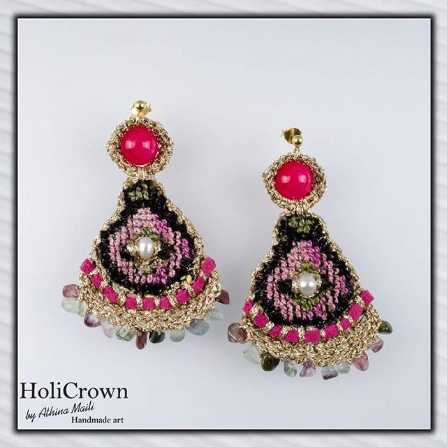 All you need is love and colour in your jewelry!!! Photo by @kostas.papakonstantinou  #holiCrown #folk #greekstyle #greekdesigner #bohemian #bohochic #preciousearrings #preciousstones #embroidery #crochetjewelry #goldyarn #pink #handmadecreations #follow2follow #instalook #handmadeart #crochet #hippiemood #contemporary #contemporaryjewelry#textileart #textile#fiberart #handwoven #handwovenjewelry