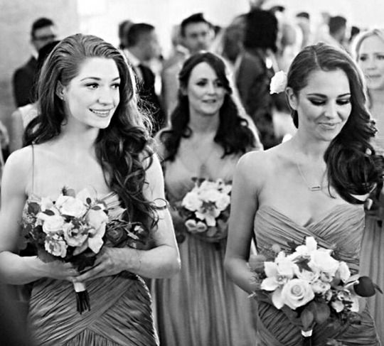 Cheryl Cole Wedding Hairstyle: Nicola Roberts And Cheryl As Bridesmaids At Kimberley
