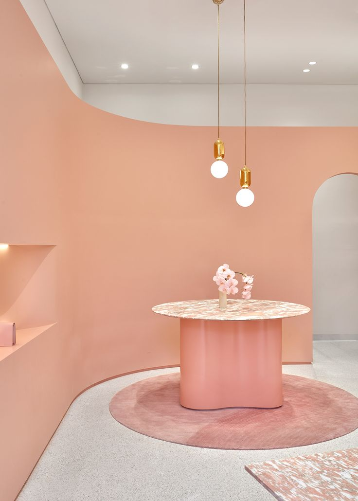 While pink is undoubtedly the hero, the aesthetic of The Daily Edited's Melbourne Flagship by Pattern leans toward a refined kind of grown up-cool. We dig!