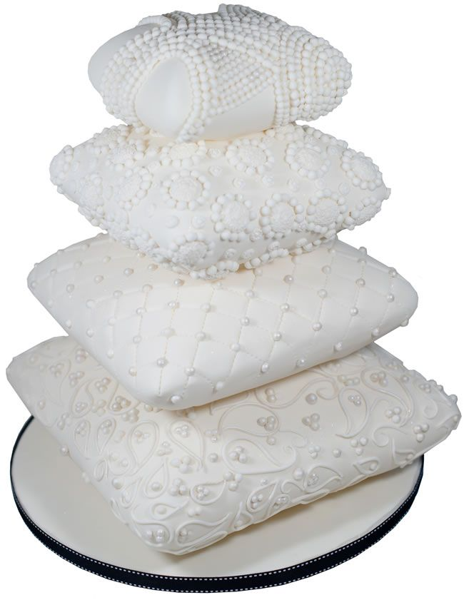 Egyptian Pillows Wedding Cake