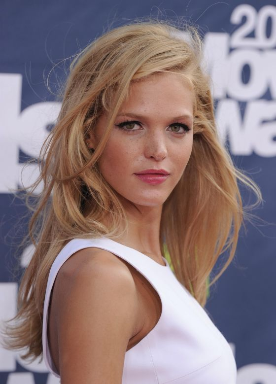 erin heatherton hair color is gorgeous!