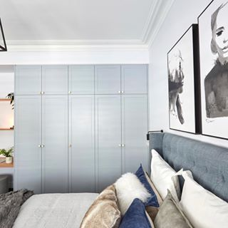 We love the angle of this shot by hannahandclint of theblock showing their guest bedrooms custom made Waldorf bedhead in Canterbury Lagoon linen And that joinery was a clear winner too heatherlydesign linenbedhead bedhead theblockbespoke custom headboard bedroom guestbedroom greys theblock
