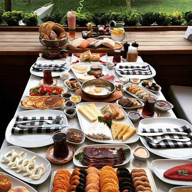 Kahvaltı - Gurme N Steak / Bahçeşehir (Prestige Mall Avm) / İstanbul Telefon : 0 212 669 6200 Ortalama Fiyat : 35 - 45 TL / 1 Kişilik Fotoğraftaki görsel 4 kişiliktir. Gurme N Steak alakart kahvaltı menüsü sunmaktadır. )