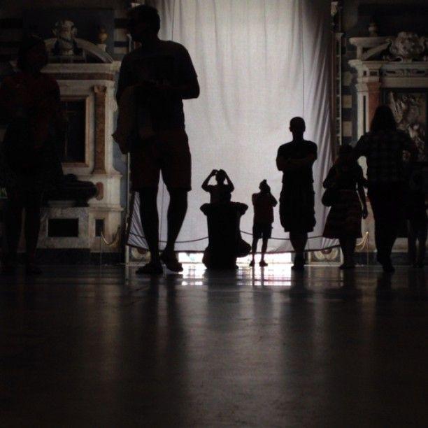 Movimento, ombre, riflessi #pisagram13 #pisablog13 #pisaè