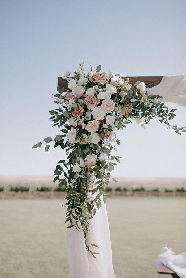 Romantic and Emotional Vineyard Wedding in Central Washington | Walla Walla