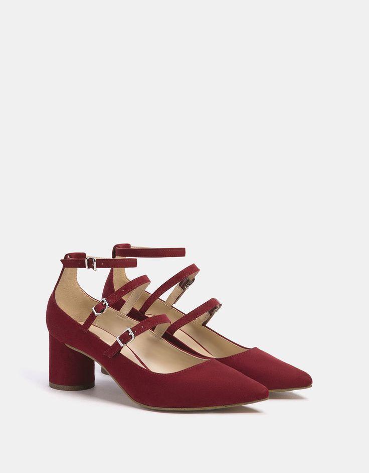 Zapato tacón medio pulseras - ZAPATOS - Bershka España