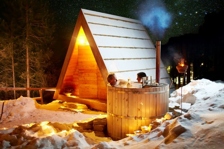 Glamping Gozdne vile : a forest vacation