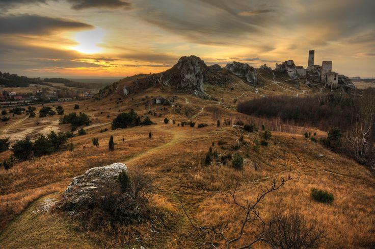 Zamek w Olsztynie - widok z Ostrej Góry