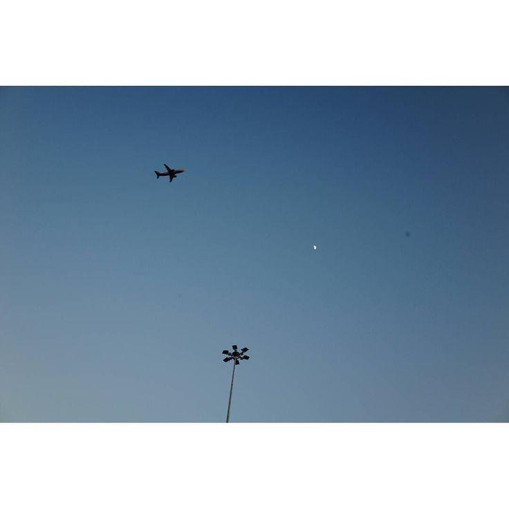 Untitled #skantzman #heraklion #crete #sky #airplane #colour #ricohgr #28mm #moon #light #manolisskantzakis #photography