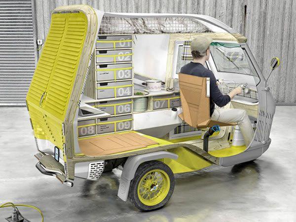 bufalino イタリア製の三輪ミニカー「Ape 50」をベースに作られた一人用のキャンピングカー。9つの収納スペース。キッチンも冷蔵庫も水タンクも、テーブルも電気も収納スペース、寝るスペースなど生活する上で必要なものは全て揃っている。