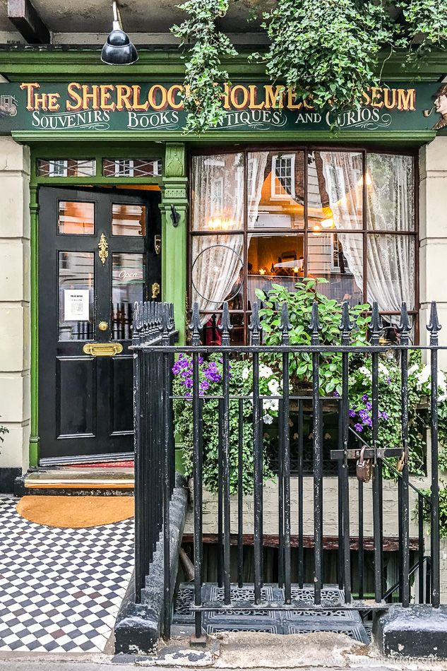 The Sherlock Holmes Museum in Baker Street in London is dedicated to the fictional detective. #london #sherlock #sherlockholmes #museum
