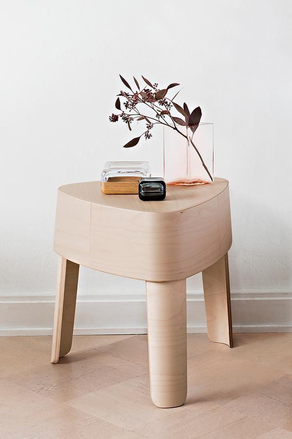 Iittala Plektra stool Designed by Ineke Hans via Purodeco