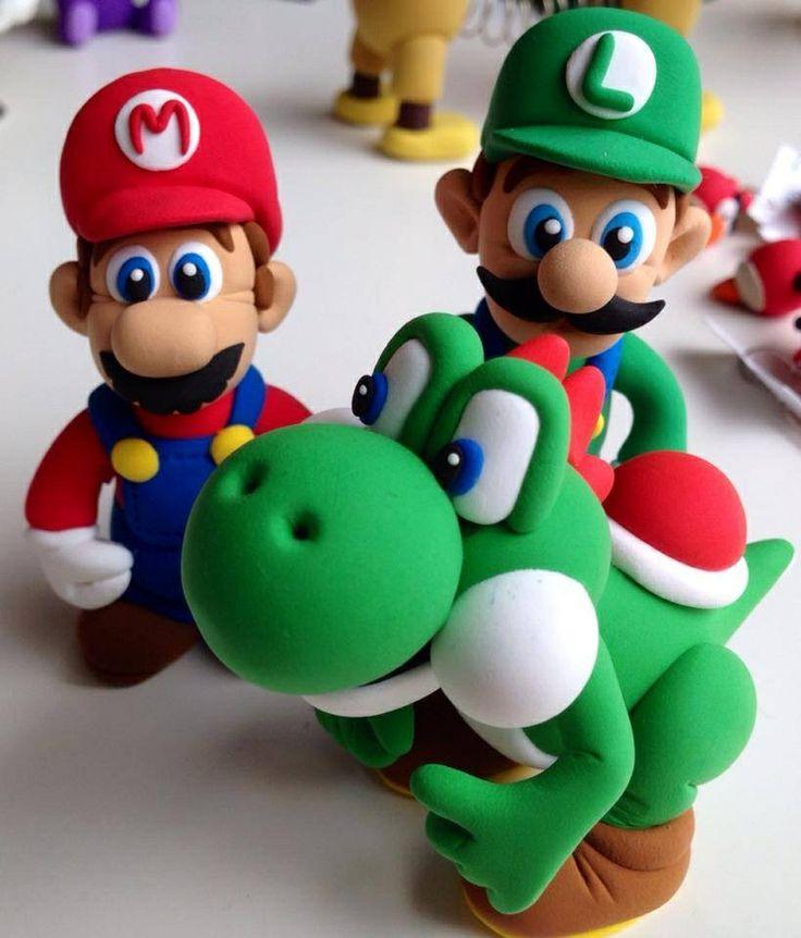 Super Mario luigi y yoshi jumping clay gijon