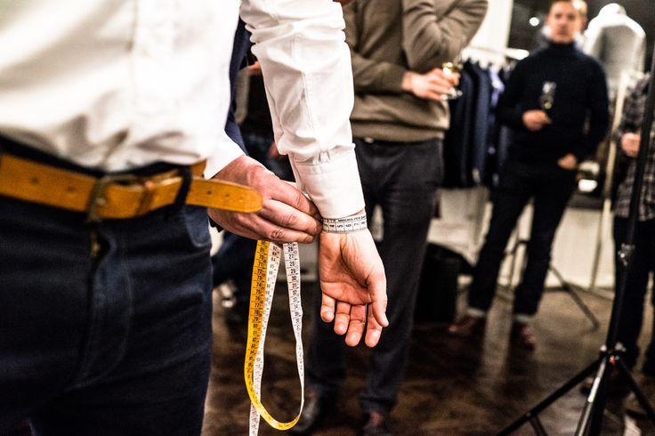 Measuring the wrist for made-to-measure shirt. Photo (c) Risto Kantola