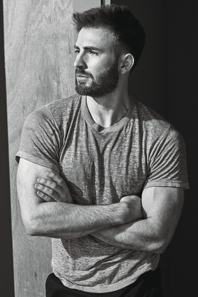 Chris Evans O_O I just can't...