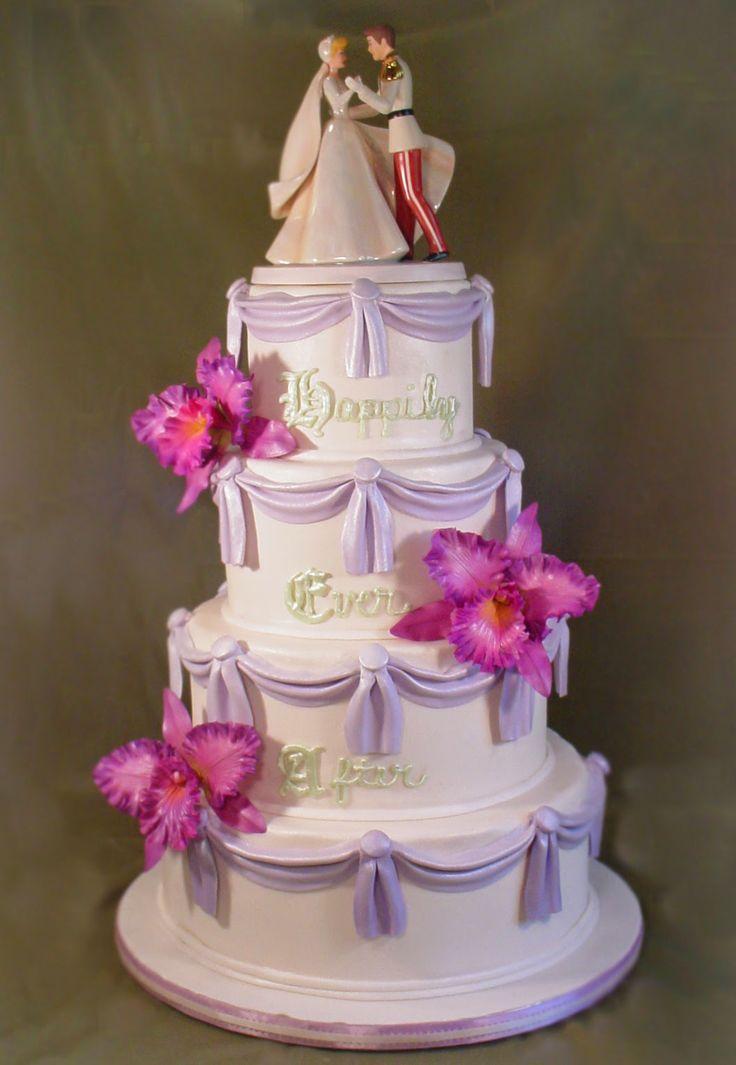cinderellthemed wedding scroll invitations%0A Cinderella Wedding Theme   Wedding Cake   http   simpleweddingstuff blogspot com