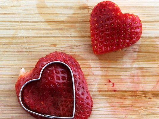 2015_KW07_Valentinstag_Erdbeeren