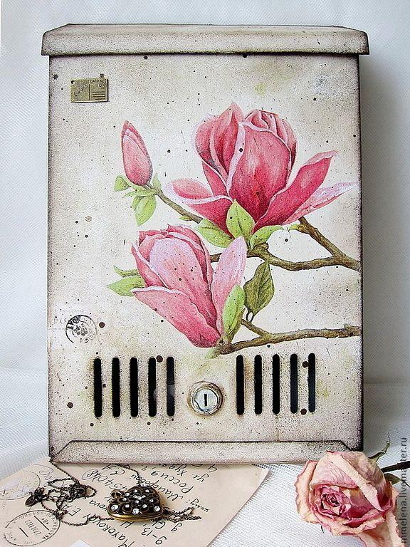 """Купить Почтовый ящик """"Магнолия"""" - бежевый, коричневый, розовый, бордовый, сливовый, цветы, магнолия"""